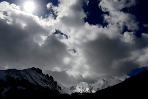 Avalanche survivor buried for three hours